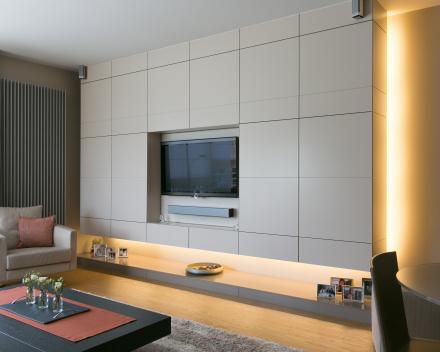TV-en haardmeubel  ism architect Keith Baert