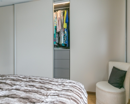 slaapkamer met dressing schuifwand